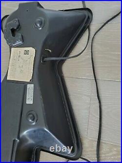 Collectible 1986 RARE / VINTAGE Budweiser Bowtie-Guitar NEON LIGHT SIGN