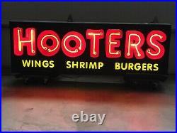 HOOTERS Restaurant Vintage Neon Sign