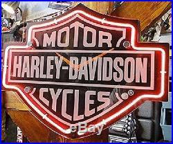 Harley-Davidson Etched Bar Shield Shaped Neon Wall Clock Light Sign Vintage Logo