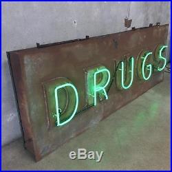 Neon DRUGS Vintage Sign (N9W1E2)