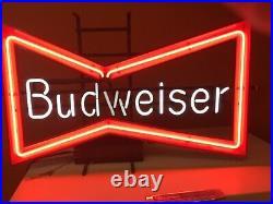 VIntage Budweiser Neon Sign Works Great