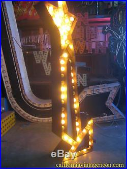 Vintage 1950's TALL YELLOW ARROW sign 2-sided with CHASE lights GREAT ANTIQUE