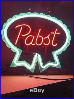 Vintage 1981 Original Pabst Neon Sign. Awesome! Look
