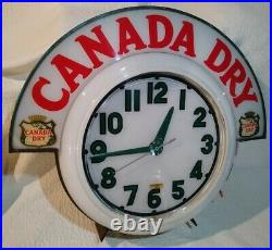 Vintage 50's Electric Neon Clock Company Cleveland (Canada Dry) Original, Offer