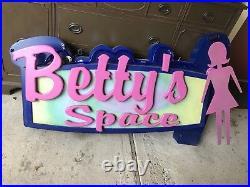Vintage PacSun Neon Vintage 3D Bettys Space Sign snowboarder